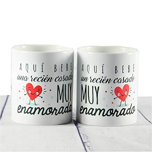 Calledelregalo Regalo para una Pareja de recién Casados: Pack de Tazas Aquí Bebe un recién Casado Muy Enamorado y Aquí Bebe una recién Casada Muy Enamorada
