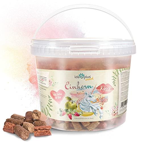 Ida Plus – Unicornio beso 3 kg – Delicioso para caballos – con vitaminas y minerales – Manzana, plátano, zanahoria y eucalipto – Encantadores dulces para caballos y ponys en un práctico cubo