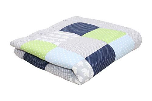 Alfombra para gatear de ULLENBOOM  con elefantes azul verde (manta para bebé de 120x120 cm; ideal como colcha para el cochecito; apta como alfombra de juegos)