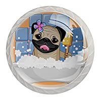 キャビネットノブ4個クリスタルガラスプルハンドル面白いパグ犬の入浴 家具のドアまたは引き出しを開く場合