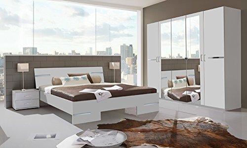 lifestyle4living Schlafzimmer komplett, Set, Schlafzimmer Set, Alpinweiß, Chrom-Aufleistungen, Schrank B: 225 cm, Futonbett 180 x 200 cm, 2 Nachtschränke B: 52 cm