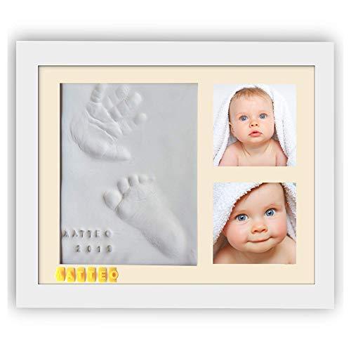 PITI COT Cornice Impronte Neonato - Kit Lettere Numeri e 4 Cornici Colorate - Calco Mani e Piedi del Bimbo in Argilla - Idee Regalo Battesimo Bimba Nascita Bambino - Portafoto Baby anche da Appendere