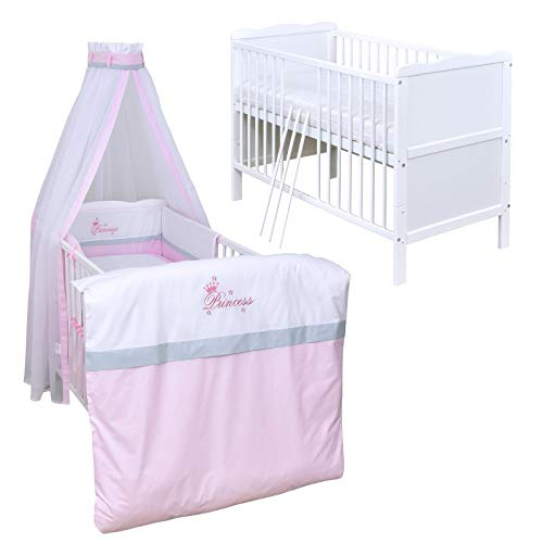 Baby Delux Babybett Komplett Set Kinderbett umbaubar zum Juniorbett weiß 120x60 Max Bettset Stickerei Matratze in vielen Designs (Princess)