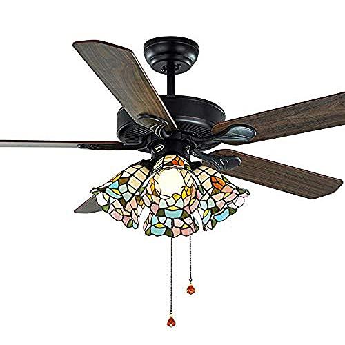 Tiffany - Ventilador de techo con aspas de madera, 4 luces, pantalla de cristal manchado con mando a distancia e interruptor de cable, lámpara pastoral reversible E27, 122 cm