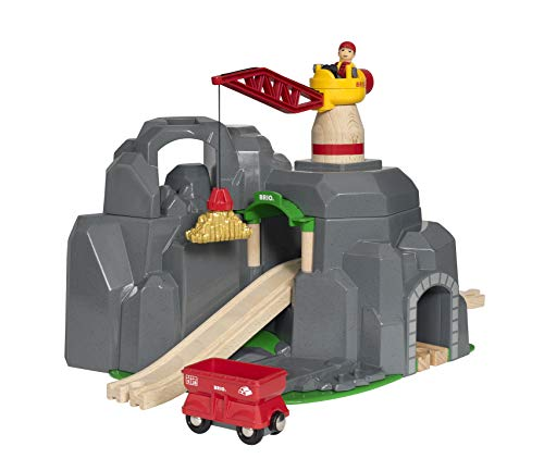 BRIO World Crane and Mountain Tunnel Set for Kids Age 3 Years and up. Compatible with all BRIO Train Sets