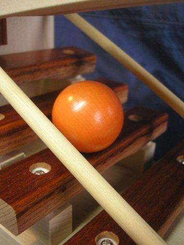 【日本製木のおもちゃ】コロコロシロホンM63