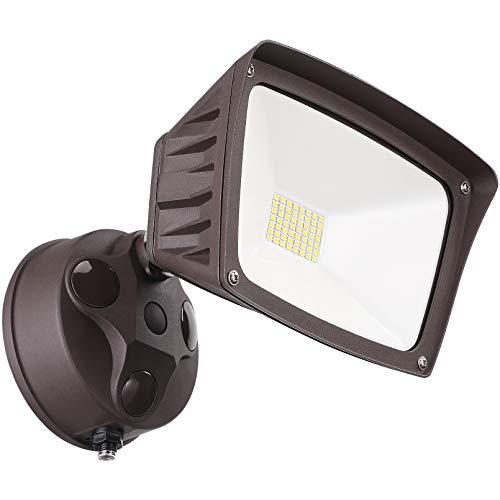 LEONLITE LED Dusk to Dawn Security Lights, Outdoor Flood Light with Photocell, 28W, 3400lm, Exterior Flood lights for Garage, Yard, IP65 Waterproof, ETL Listed, 100-277V, 5000K Daylight