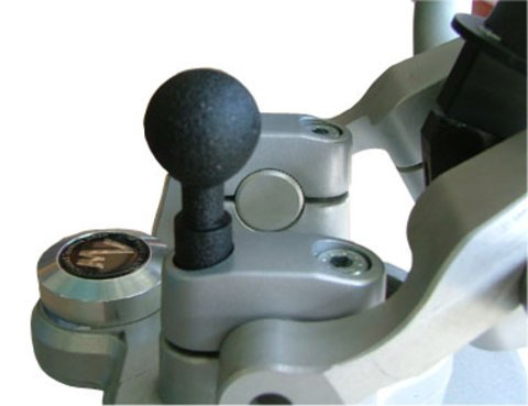MV Navi- und Gerätehalter mit 25 mm Kugel für Lenkerbock für K1200RS mit M8 Schrauben und 32 mm Gewindelänge