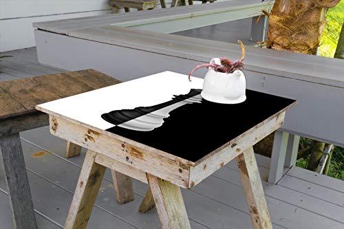 Wallario Aufkleber Selbstklebende Garten-Tisch-Decke - Schachfigur schwarz-weiß in 80 x 80 cm