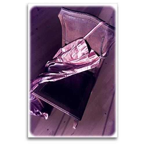CALVENDO Premium Textil-Leinwand 80 x 120 cm Hoch-Format Satin Abendkleid, Leinwanddruck von Martina Marten
