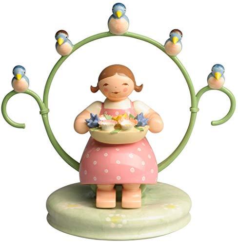 Wendt & Kühn 555/5 Mädchen im Reifen, mit Blumenschale und Vögeln - Holz - Höhe 9 cm