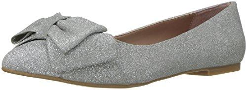Betsey Johnson Women's Cindi Pointed Toe Flat, Silver, 7.5 M US