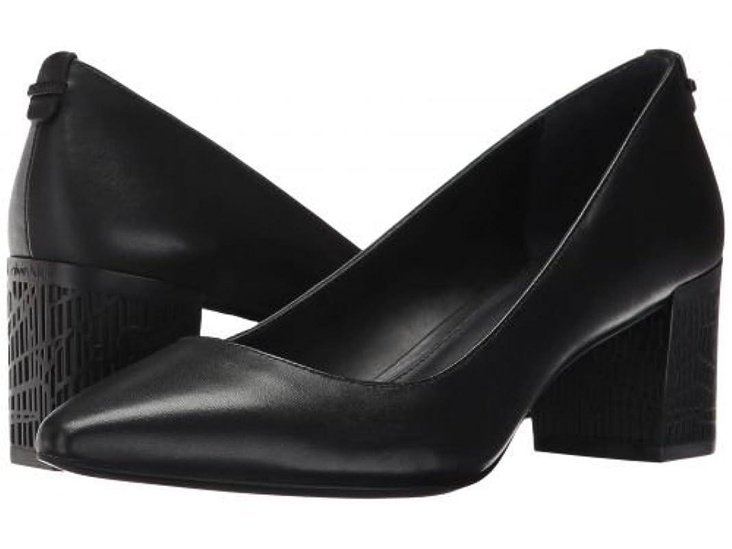 海里マオリ遊具Calvin Klein(カルバンクライン) レディース 女性用 シューズ 靴 ヒール アンクル Natalynn 2 - Black Leather [並行輸入品]