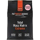 THE PROTEIN WORKS Total Mass Matrix Extreme Protein Powder, Masa Muscular, Alto en Calorías para Ganar Masa, con Glutamina, Creatina y Vitaminas, Fresas con Nata, 1.325Kg