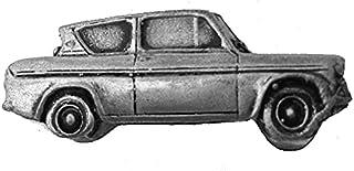 Spilla a forma di auto classica britannica Anglia 105E Saloon ref69 effetto peltro