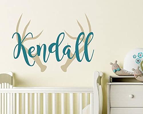 Pegatinas de pared de vinilo mural, personalizadas, con nombre de las niñas, con cuernos de ciervo, personalizable, calcomanía de pared personalizada para niños, diseño de cornamenta de ciervos