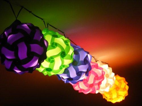 7 er Set Lampada Puzzle Lampenschirm 7 er Set in Multifarben Pink,Weiss,Rot,Orange,Hell-lila,Grün und Hellblau 7 Stk jeweils 28 cm