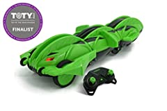 Wild transformation: from vehicle to ball, back to vehicle again with easy to use trigger button Indoor/outdoor use 2.4 GHz control Drives as vehicle mode super-fast! Relentless rolling attack: terrasect can flip itself back over and keep on going! L...