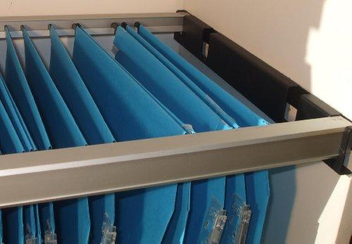 Cadre auto-porteur pour dossiers suspendus A4 pour armoire bois ou métal