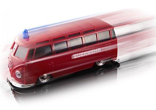 RC Auto kaufen Spielzeug Bild 2: Maisto Tech R/C VW Bus Feuerwehr: Ferngesteuertes Auto mit Licht & Sound, Maßstab 1:24, Pistolengriff-Fernsteuerung, 5.8 km/h, 20 cm, rot (582091F)*