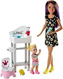 Barbie Muñeca Skipper hermana de Barbie, niñera en cuarto de baño...