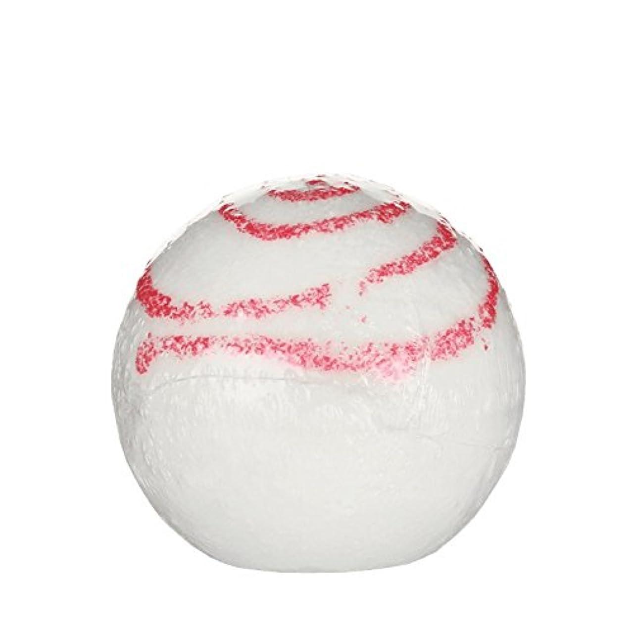 女優ビヨン弁護士Treets Bath Ball Glitter Kiss 170g (Pack of 6) - Treetsバスボールグリッターキス170グラム (x6) [並行輸入品]