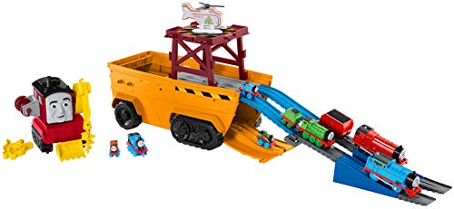 Thomas & Friends Super Cruiser 2-in-1 large vehicle and track set with TrackMaster and MINIS train engines