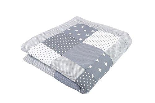 ULLENBOOM Baby Krabbeldecke Graue Sterne (100x100 cm Baby Kuscheldecke, ideal als Laufgittereinlage, Spieldecke, Motiv: Punkte, Sterne, Patchwork)
