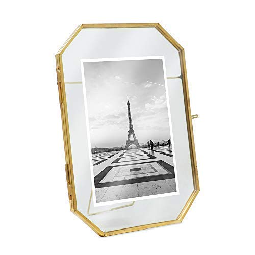 "Isaac Jacobs 5x7 Vintage Style Octagon Brass & Glass, Metal Floating Picture Frame with Locket Closure (Vertical), Made for Tabletop Display, (Fits up to a cutout 5"" x 7"" - See images for other sizes)"
