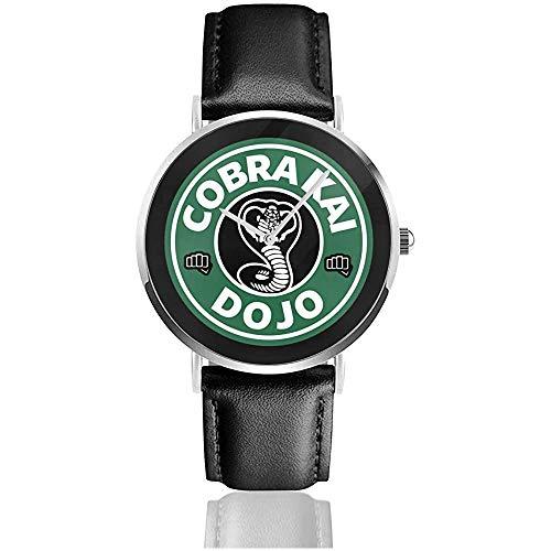 Cobra Kai Dojo Kaffee Logo Uhren Quarz Lederuhr mit schwarzem Lederband für Sammlung Geschenk