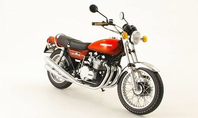Kawasaki 900 Z1 Super 4, braun Orange, 1973, Modellauto, Fertigmodell, Minichamps 1 12