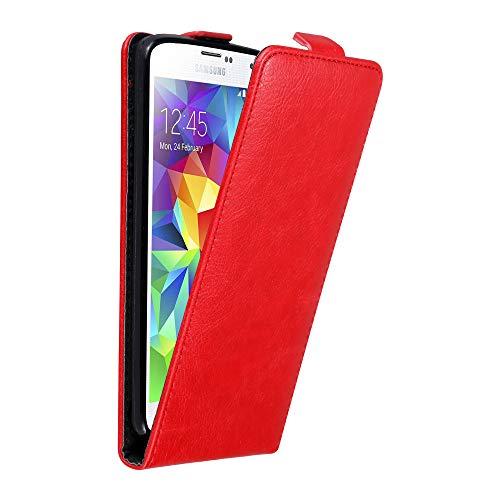 Cadorabo Hülle für Samsung Galaxy S5 Mini / S5 Mini DUOS in Apfel ROT - Handyhülle im Flip Design mit Magnetverschluss - Case Cover Schutzhülle Etui Tasche Book Klapp Style