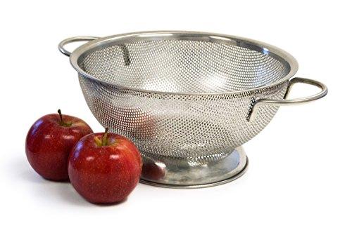 Culina Scolapasta in acciaio inox, perforazioni ad alta precisione, con maniglie e base di supporto
