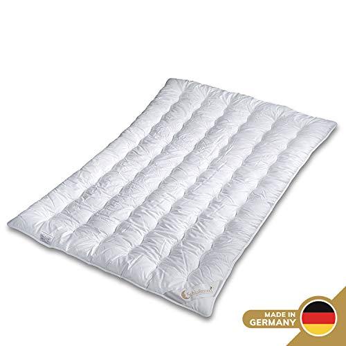 Schlafmond Märchenweich Naturfaser Ganzjahresdecke 200 x 220 cm, luftdurchlässige Bettdecke, Steppdecke aus Klimafaser, waschbar bis 60 Grad, Made in Germany
