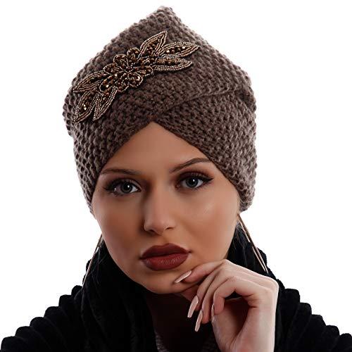 YC Fashion & Style Damen Turban Strickmütze Beanie mit große glitzernde Brosche Applikation Strass und Zierperlen Herbst Winter (One Size, Beige)