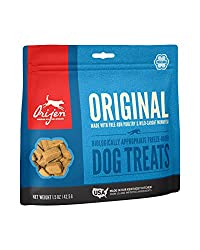 Meat-packed, freeze-dried dog treats offer a nourishing and delicious reward for dogs All-natural ingredients including 100% free-run chicken and turkey, and wild-caught monkfish Meats are delivered RAW (flash-frozen, without preservatives) Gently fr...