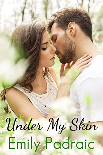 Under My Skin: A Friends with Benefits Romance (English Edition)