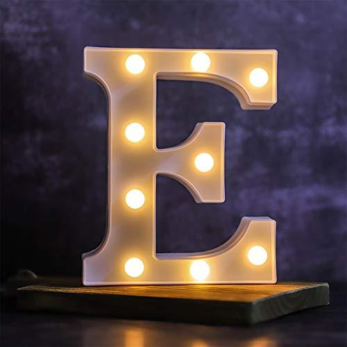 Letra de luces LED del alfabeto – Letras luminosas – 26 alfabeto y 10 números luz nocturna decorativa – Lámpara alimentada por pilas con plástico para fiestas en casa, bar, cumpleaños (E)