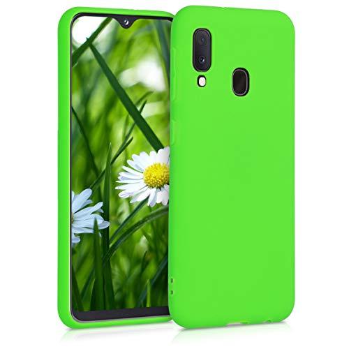 kwmobile Cover Compatibile con Samsung Galaxy A20e - Custodia in Silicone TPU - Backcover Protezione Posteriore- Verde Lime