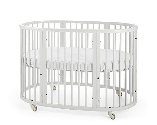 STOKKE® SLEEPI™ lettino │ Letto evolutivo ovale in legno di faggio per neonati e bambini dai 0 mesi ai 3 anni │ Culla espandibile con materasso traspirante Colore: Bianco