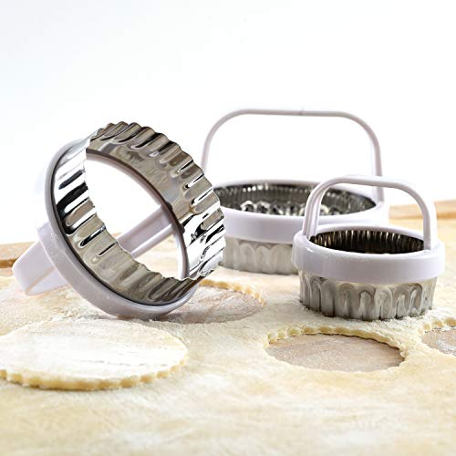Norpro, Metallic, Scallop Biscuit/Cookie Cutter, Set of 3, One Size
