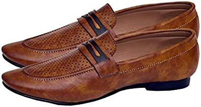 Hush Berry Men's Dotted Synthetic Leather Loafer