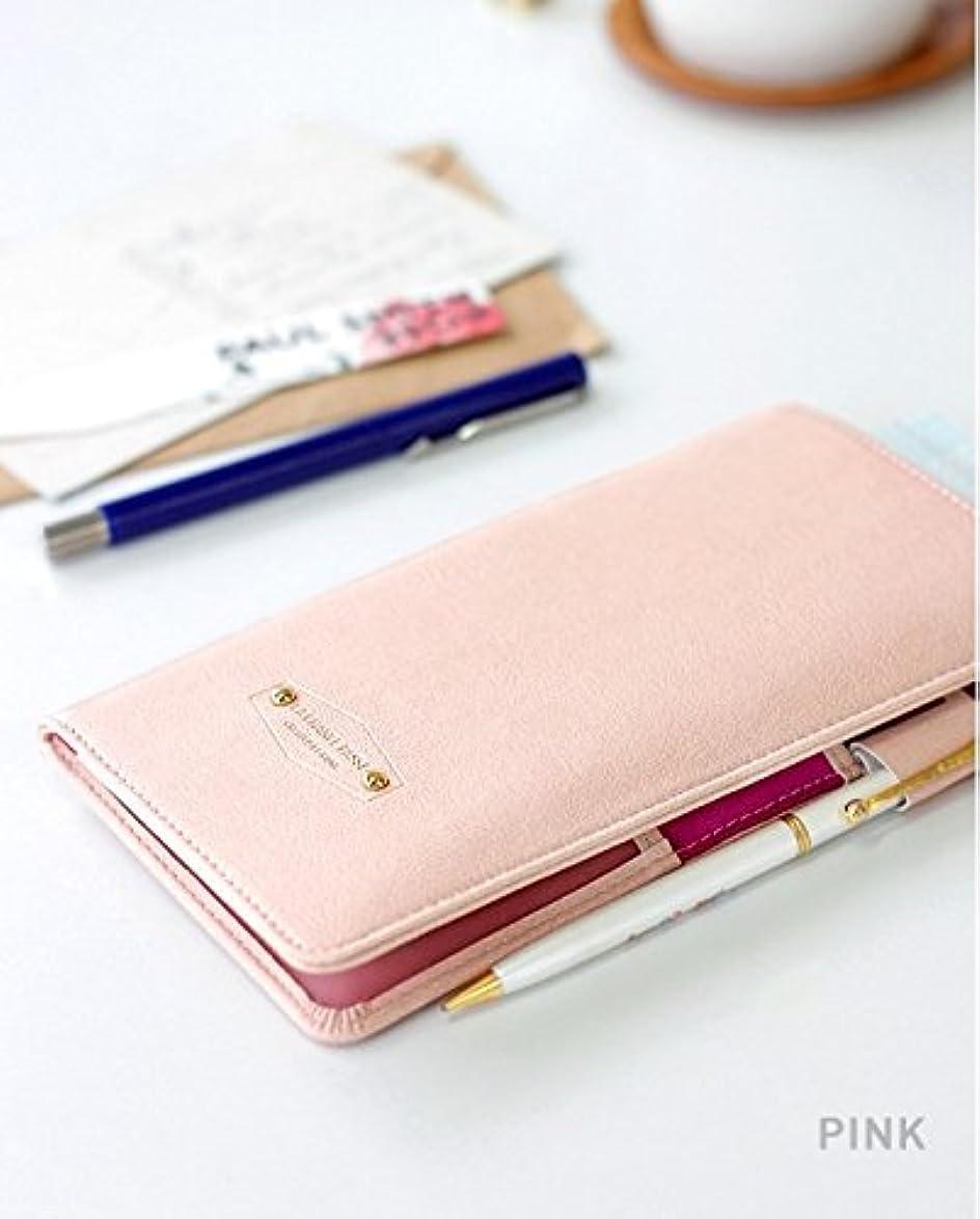 影響する技術子供っぽいスキミング防止 パスポートケース?カバー カップル 財布 ポーチ バッグ かわいい 家族 スキミング 航空券 旅行に必須品 手帳型のパスポートケース内側ポケットでカードや飛行機のチケットも同時に収納 (ピンク(Pink))