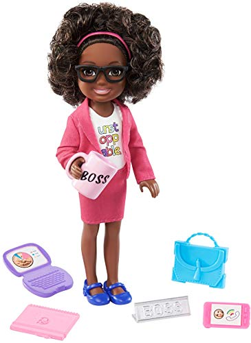 Barbie Chelsea Can Be Playset with Brunette Chelsea Boss Doll (6-in), Briefcase, Computer, Cell Phone, Planner, Mug, Desk Plate, Great Gift for Ages 3 Years Old & Up