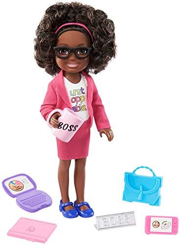 Barbie Chelsea Mujer de negocios Muñeca afroamericana con accesorios de oficina de juguete, para niñas y niños +3 años (Mattel GTN93)