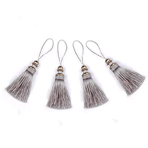 BEL AVENIR - Paquete de 4 cuerdas colgantes hechas a mano de poliéster, borlas coloridas para llavero, correas de llavero, accesorios decorativos (plata)