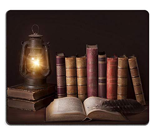 WH-CLA Alfombrillagamingcon Libros Antiguos Y Antiguos De Pie En Una Fila Y Una Lámpara Vieja Foto Juego De Computadora Oficina De Estudiantes Escritorios Alfombrilla De Goma Duradera Al