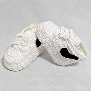 Patucos para Bebé Recién Nacido tipo Nike, 0-3 meses Blancas. Handmade. Crochet. España
