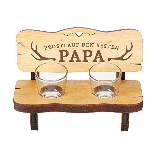 Casa Vivente Schnapsbank aus Erlenholz mit 2 Shotgläsern mit graviertem Geweih-Motiv und Spruch, Prost auf den Besten Papa, Dekoratives Schnapsbankerl für Väter zum Vatertag