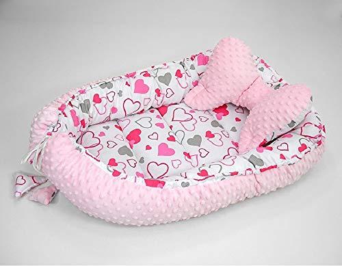 Welt-der-Traum - Juego de 2 nido para bebé con cojín (forma de mariposa), 64 x 90 cm / 45 x 25 cm, nido para bebé, cuna de viaje, nido, protector de cuna de 100% algodón (corazones/Minky rosa)